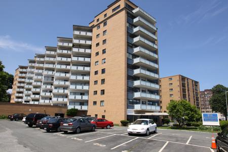 300 Lynn Shore Drive, Unit 501, Lynn MA • $129,000