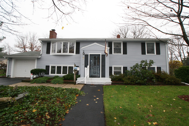 7 Hampshire Road Peabody Ma Home For Sale 399 000