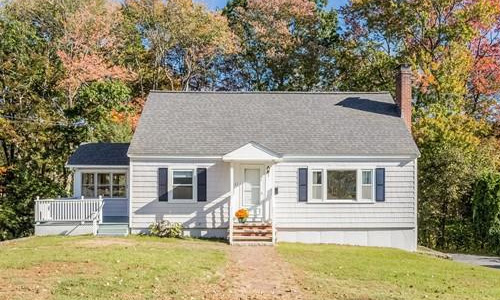 31 Lincoln Street, Ayer, MA 01432