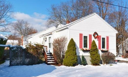 20 Governors Dr, Reading, MA 01867
