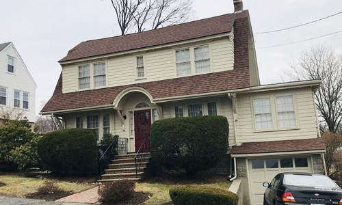 Detached Tan Colonial sold in Watertown, MA