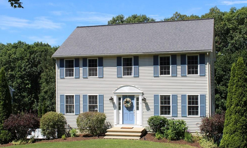 4 bedroom colonial for sale in Clinton, MA