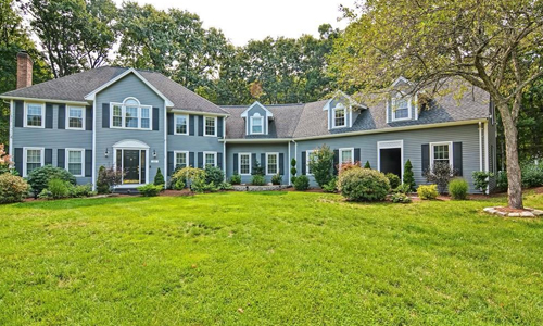 292 Candlestick Road North Andover, MA 01845
