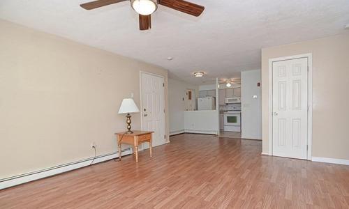 610 S. Franklin Street, Unit #E101, Holbrook, MA 02343