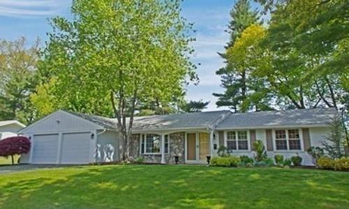 9 Waldens Hill Drive, Peabody, MA 01960