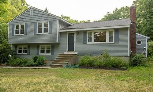 105 Shirley Street, Pepperell, MA 01463