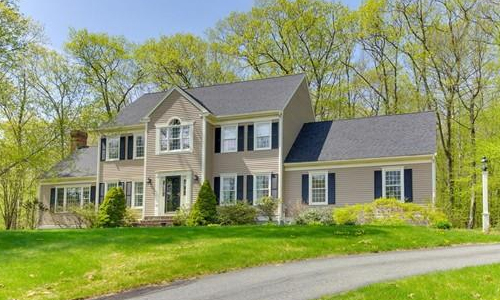 29 Blueberry Lane, Hopkinton, MA 01748