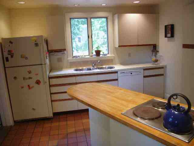 10 Kinsman Court  kitchen
