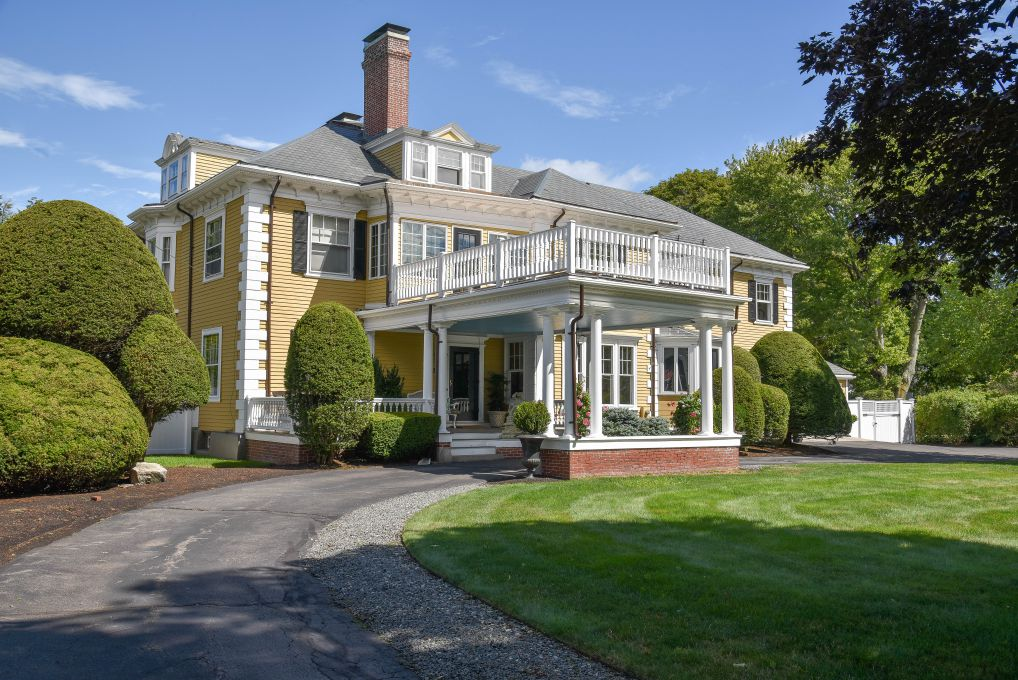 Melrose Colonial Revival