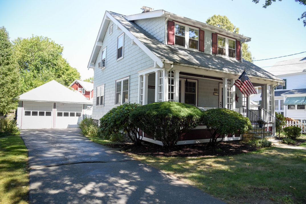 Melrose Colonial