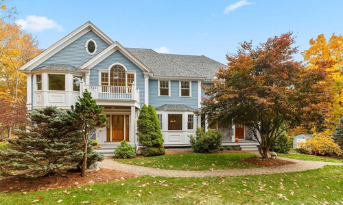 4 bedroom colonial for sale in Boxford, MA