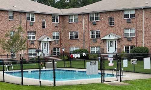 12 Colonial Village Drive, Unit 6, Arlington, MA 02474