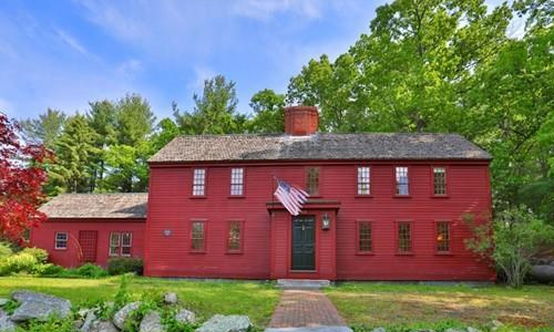 Detached Red Colonial, Antique - front of property with brick walkway