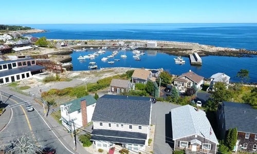 Beautiful view of properties near the ocean in Rockport MA
