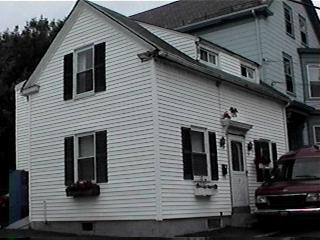 3 Smith Street  Salem, MA 01970