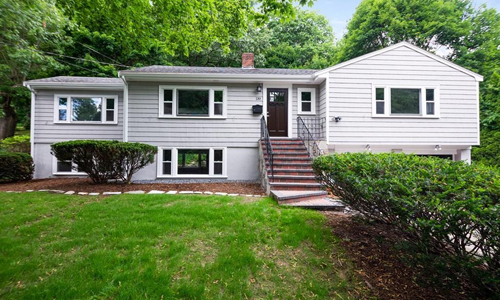 four bedroom ranch sold in Winchester MA - exterior of home shown