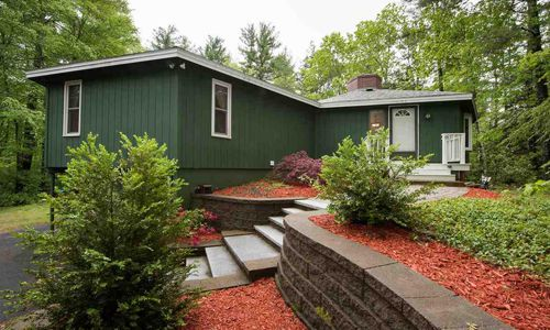6 Greenleaf Exeter, NH 03833