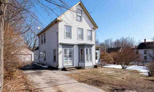 39 Bay Farmington, NH 03835
