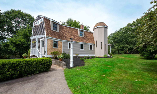 222 Post North Hampton, NH 03862