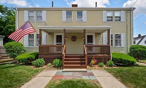 Three bedroom townhouse for rent in Quincy, MA