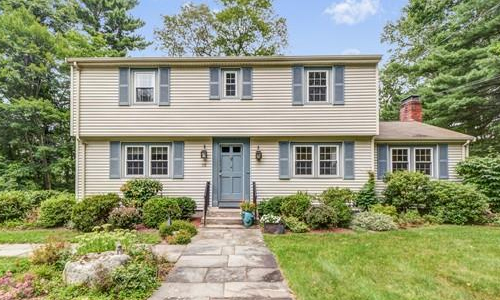 15 Linda Street, Westborough, MA 01581