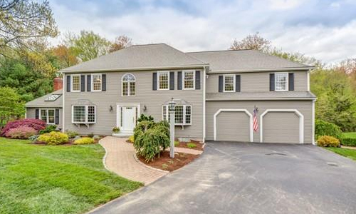 18 Woodcrest Road, Westborough, MA 01581