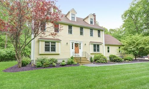 230 Stone School Road, Sutton, MA 01590
