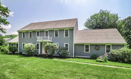 44 Smith Road,  Charlton, MA 01507