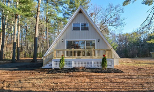 Three bedroom contemporary for sale in Spencer, MA - exterior of home shown
