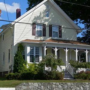 208 Narragansett Avenue, Providence, RI. 02907