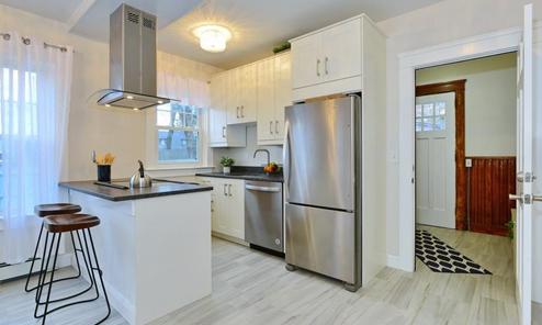 773 Blackstone Blvd, Unit#2 East Side Of Providence, RI 02906