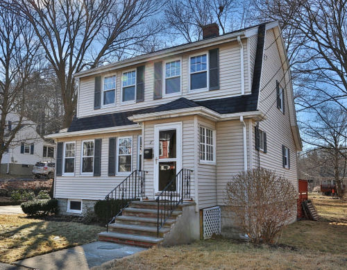 Featured Home for Sale - 17 Myrtle Avenue, Wakefield, MA