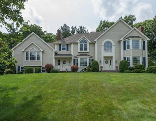 136 Lancaster Road, North Andover, MA 01845