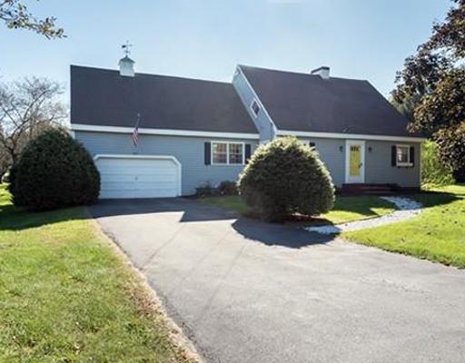 203 Haggetts Pond Road, Andover, MA 01810