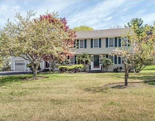 8 Greenbriar Circle, Andover, MA 01810