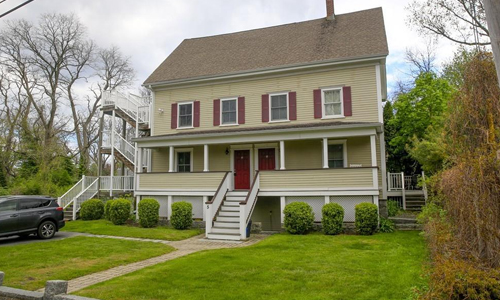 2 bedroom townhouse for sale in Gloucester MA