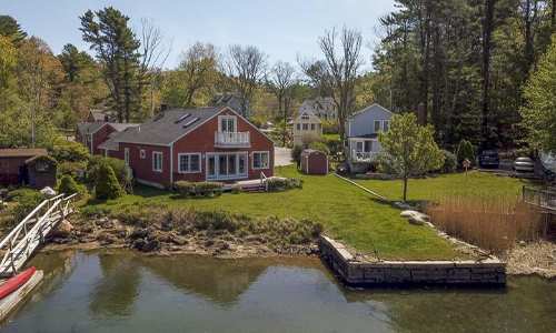 Detached Red Cape for sale in Gloucester MA - exterior of home shown