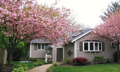 35 Lincoln Ave Lynnfield, MA 01940